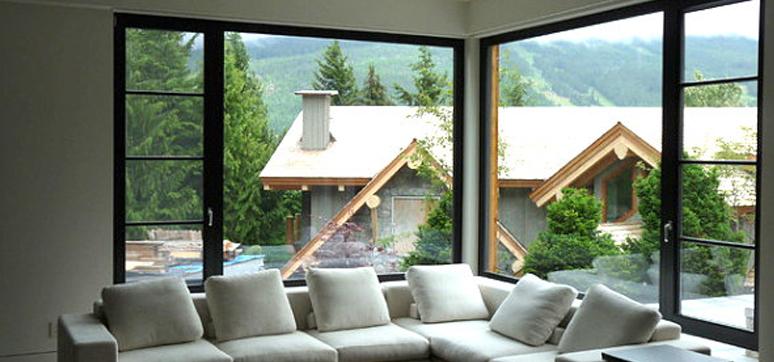 advantages of corner windows