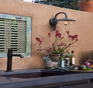 Outdoor Kitchen with Sink