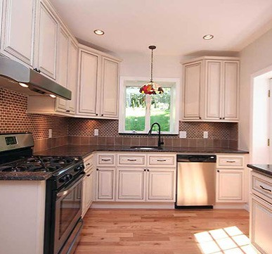 Organised Modular Kitchen with extraordinary lighting