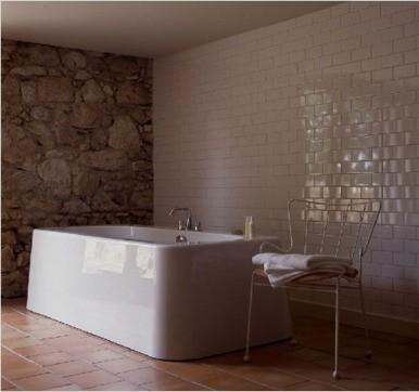 Terracotta bathroom tile design