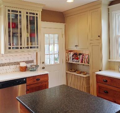 Modular Kitchen Glass Door Design