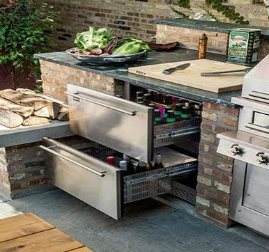Outdoor Kitchen Design with Cold Storage
