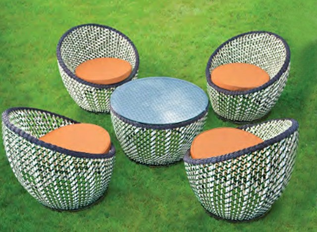 Outdoor Daning Set by Loom Crafts Furniture