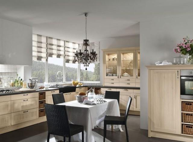 L Shaped Kitchen by Kanu Kitchen Kulture Pvt. Ltd.