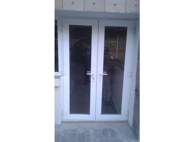 Glass Door by Concept Design
