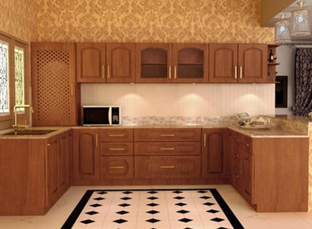 Traditional U Shaped Modular Kitchen by Iyyan Decors