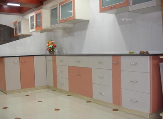 Lacquer PVC Membrane Modern Kitchen by Shreeji Modular Furniture